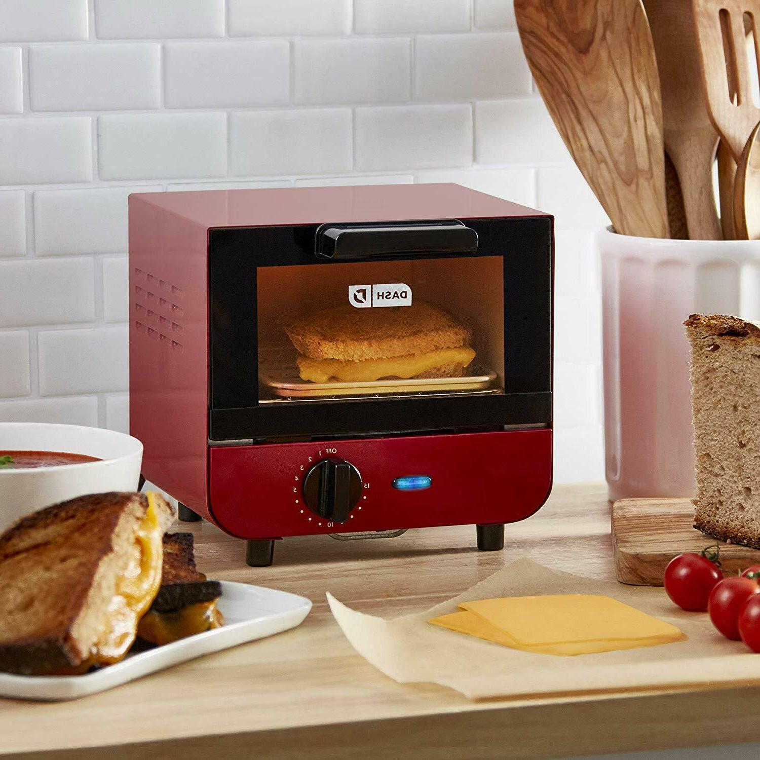 Easy Clean Toaster with Temperature Control