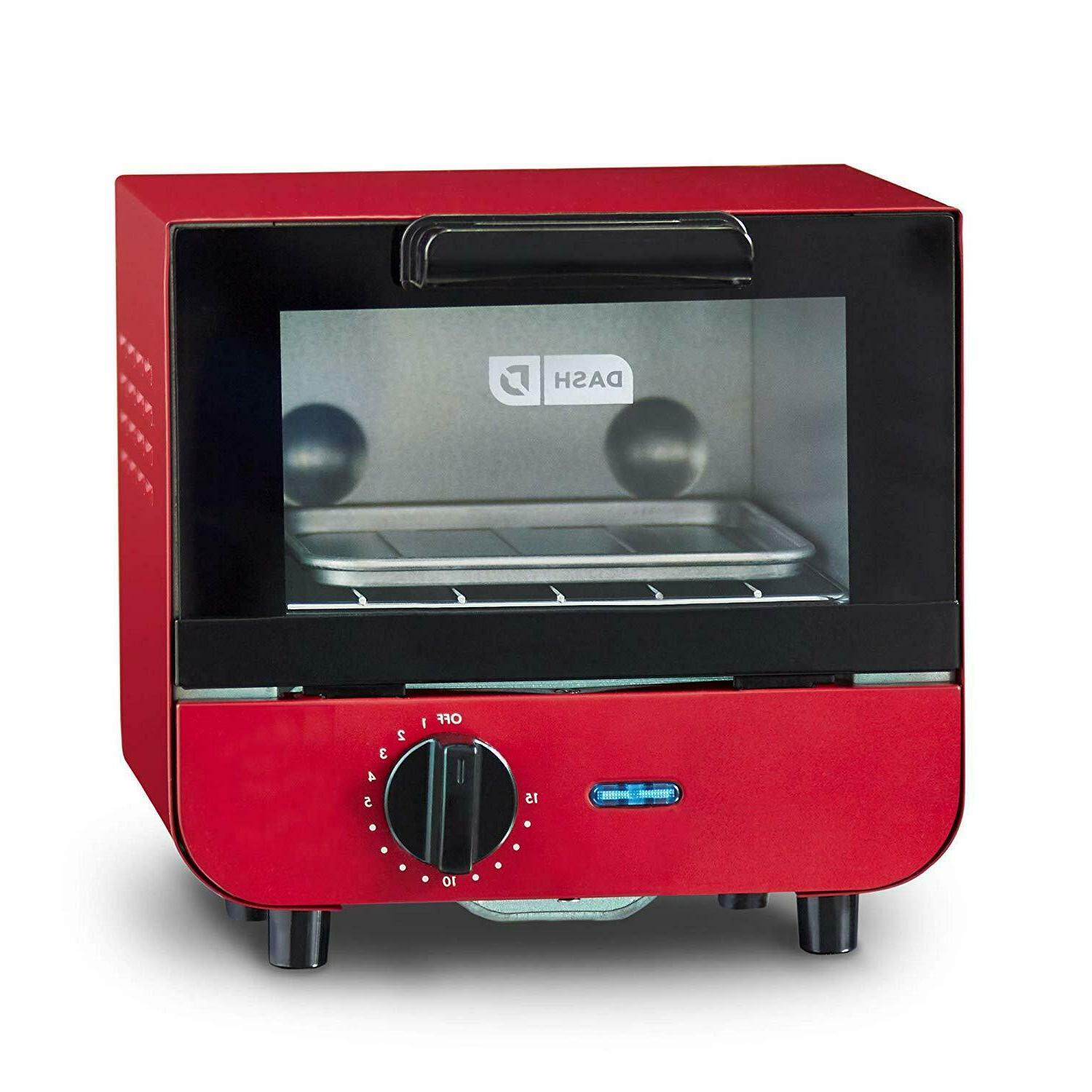 Easy Clean Dash Toaster